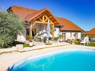 Villa BELLEY 140 m² ()