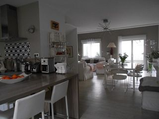 Appartement BOURG EN BRESSE 128 m² ()
