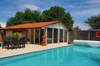 Maison de village SAINT JULIEN EN GENEVOIS 220 m² ()