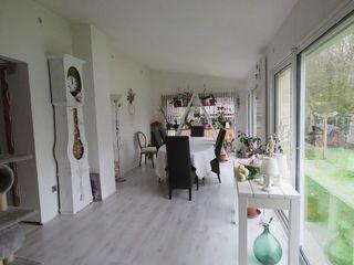 Maison individuelle CLAIX 209 m² ()