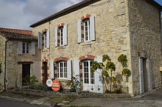 Maison de village LA ROMIEU 100 m² ()