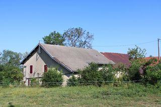 Maison à rénover HAUTEVILLE LOMPNES 70 m² ()