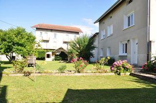 Maison SAINT ETIENNE DE SAINT GEOIRS 250 m² ()