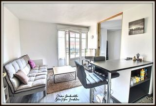 Appartement CARRIERES SOUS POISSY 35 m² ()