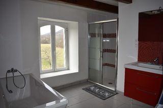 Maison en pierre BRANNE 100 m² ()