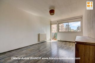 Appartement rénové DRAGUIGNAN 54 m² ()