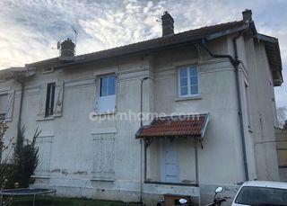 Appartement FRONCLES 76 m² ()