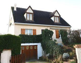 Maison individuelle LA CHAPELLE SAINT URSIN 130 m² ()