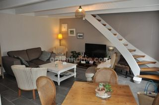 Maison individuelle CLEDER 74 m² ()