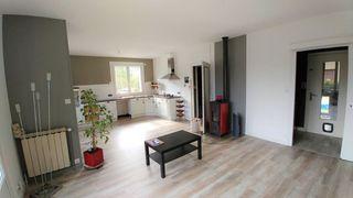 Maison SAINT LAURENT DU PONT 140 m² ()
