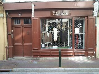 Local commercial CASTRES  ()