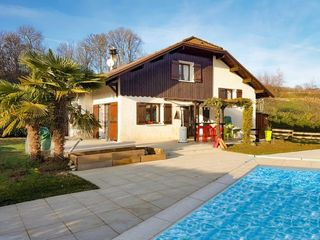 Villa YENNE 130 m² ()