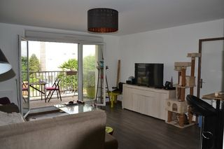 Appartement TRAPPES 44 m² ()