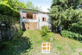 Maison MONTMORIN 82 m² ()