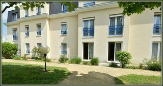 Appartement en résidence CHATELLERAULT 74 m² ()