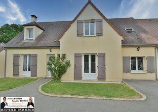 Maison NOGENT LE ROI 175 m² ()