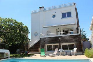 Maison de ville PERIGUEUX 135 m² ()