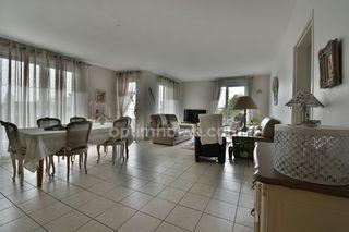Appartement SAINT CYR SUR LOIRE 101 m² ()