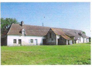 Corps de ferme SAINT FLOVIER 180 m² ()