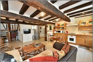 Maison de village COURRENSAN 90 m² ()