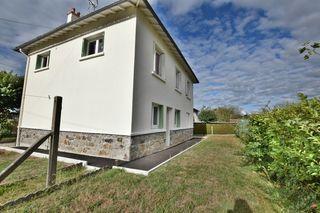 Maison individuelle SAINT PAUL DES LANDES 100 m² ()