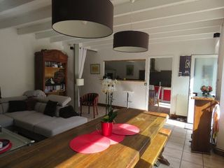 Maison individuelle ROULLET SAINT ESTEPHE 139 m² ()
