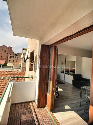 Appartement MARSEILLE 2EME arr 59 m² ()