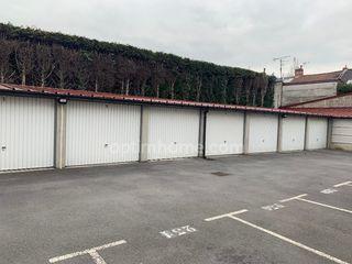 Garage (Stationnement) RONCQ  ()