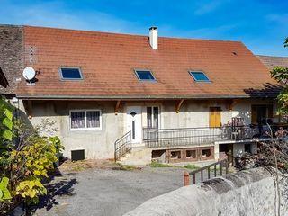 Maison en pierre BELLEY 140 m² ()