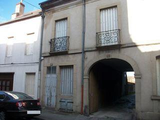 Maison à rénover AUTUN 72 m² ()