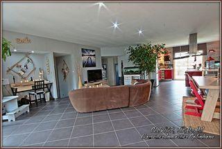 Maison plain-pied CAUX ET SAUZENS 152 m² ()