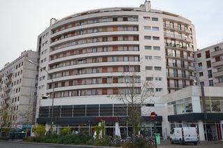 Appartement BOURG LA REINE 72 m² ()