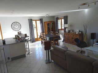 Maison BOURG ACHARD 110 m² ()