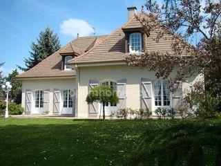 Maison bourgeoise LIMOGES 226 m² ()