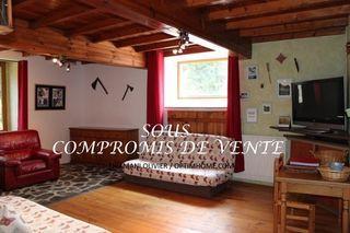 Domaine CUXAC CABARDES 383 m² ()