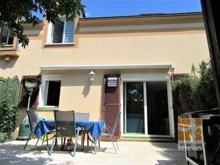 Duplex NANCY 86 m² ()