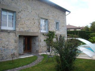Maison en pierre LIMOGES 299 m² ()
