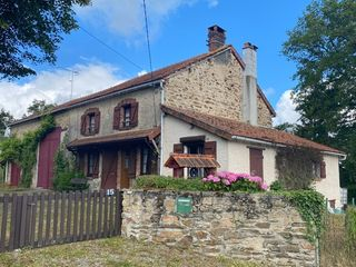 Maison de village VILLARD 136 m² ()