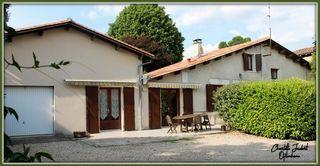 Maison CHALAIS 170 m² ()