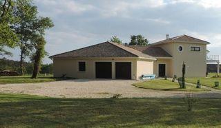 Maison contemporaine PERIGUEUX 210 m² ()