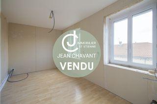 Appartement à rénover JONZIEUX 90 m² ()