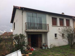 Maison COURNON D'AUVERGNE 79 m² ()