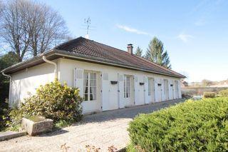 Maison de caractère BEZE 110 m² ()