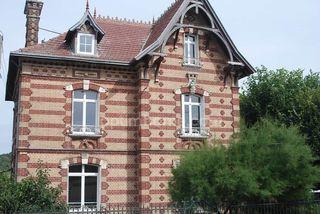 Maison bourgeoise LOUVIERS 150 m² ()