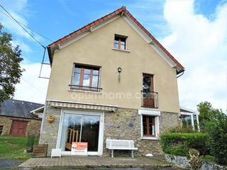 Maison de village FURSAC 105 m² ()