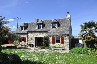 Maison en pierre CLEDER 77 m² ()