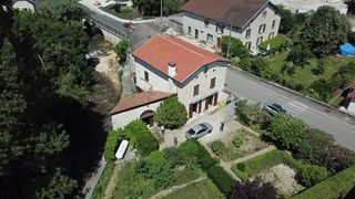 Maison en pierre PONCIN 143 m² ()