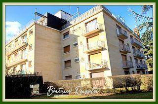 Appartement FONTAINEBLEAU 93 m² ()