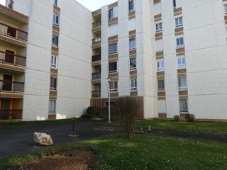 Appartement POITIERS 69 m² ()