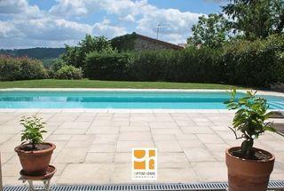 Maison EGLISENEUVE PRES BILLOM 113 m² ()